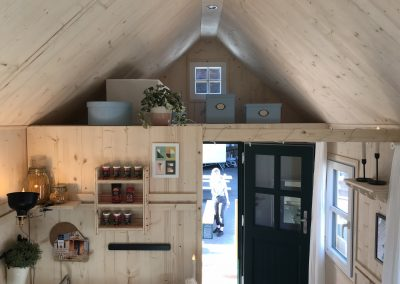 Tiny House II Empore mit Stauraum