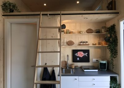 Tiny House II Küche und Schlafempore